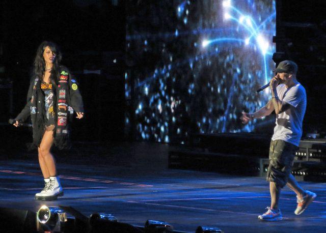 Rihanna daje czadu na jednej scenie z Eminemem (FOTO)
