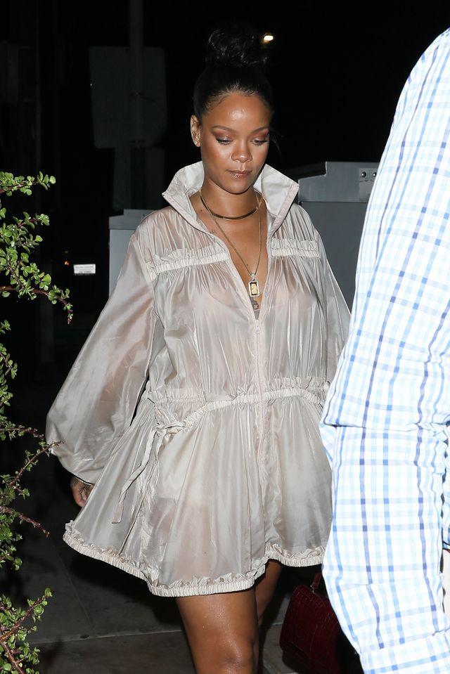 Jak Rihanna radzi sobie z dodatkowymi kilogramami? (ZDJĘCIA)