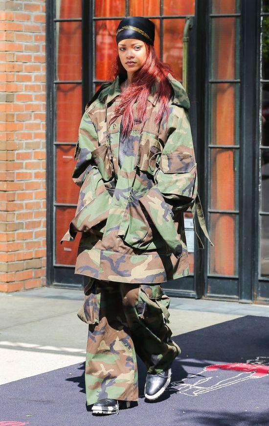 Co sobie myślała Rihanna zakładając ten wór? (FOTO)