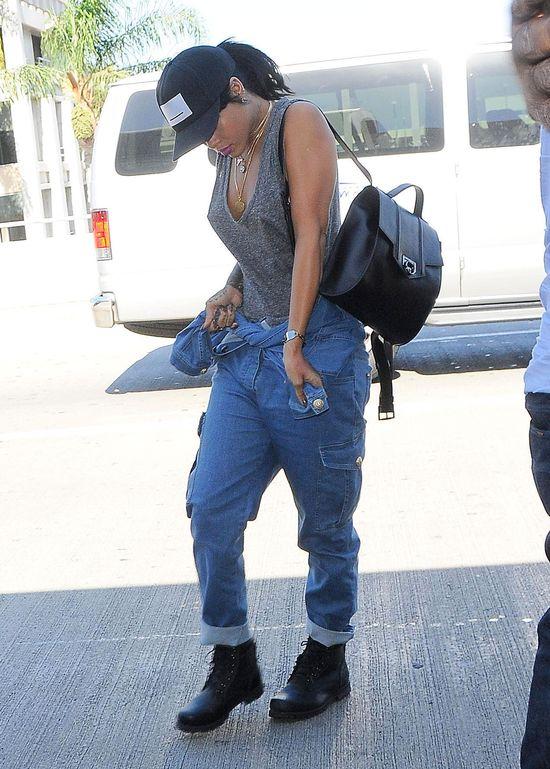 Rihanna dobrze wie, jak nas prowokować (FOTO)