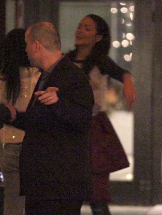 Z kim tak naprawd� Rihanna sp�dza wieczory? (FOTO)