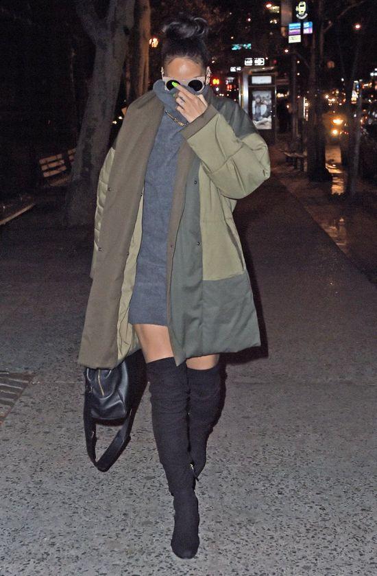 Te zdjęcia Rihanny wywołały falę komentarzy (FOTO)