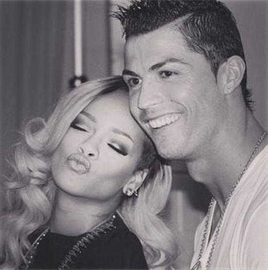 Rihanna odpoczywa z Christiano Ronaldo