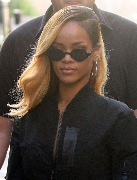 Rihanna pozywa Topshop