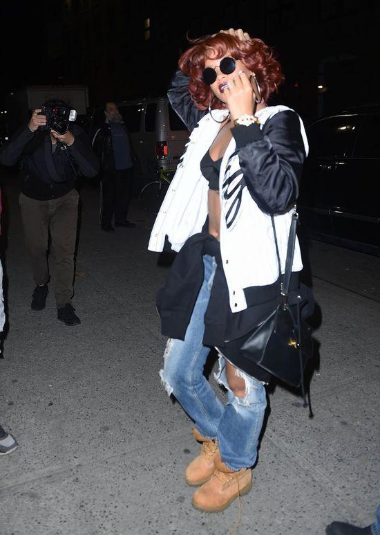 Rihanna zmasakrowała swoją sylwetkę? (FOTO)
