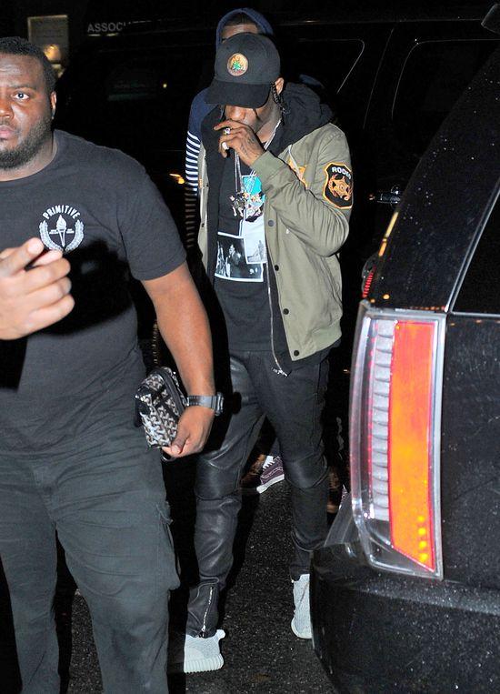 Rihanna przyłapana na randce (FOTO)