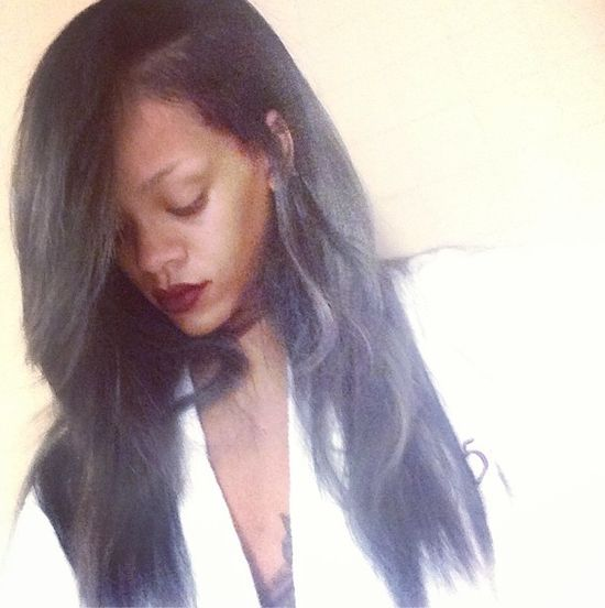 Rihanna ma szare włosy! (FOTO)