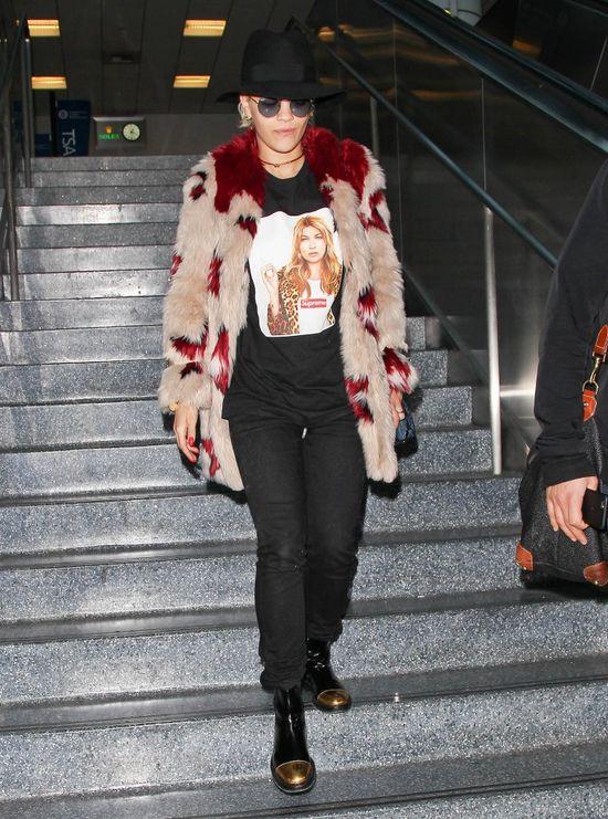 Kto wyraźnie kocha Kate Moss (FOTO)