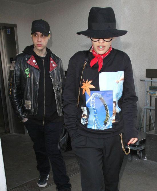 Rita Ora potrafi wyglądać bardzo nieatrakcyjnie (FOTO)