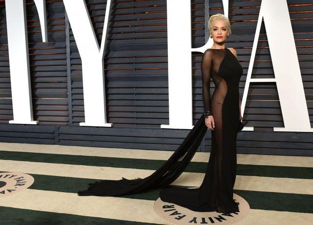 Rita Ora pokazała światu swoją pupę na oscarowym afterparty