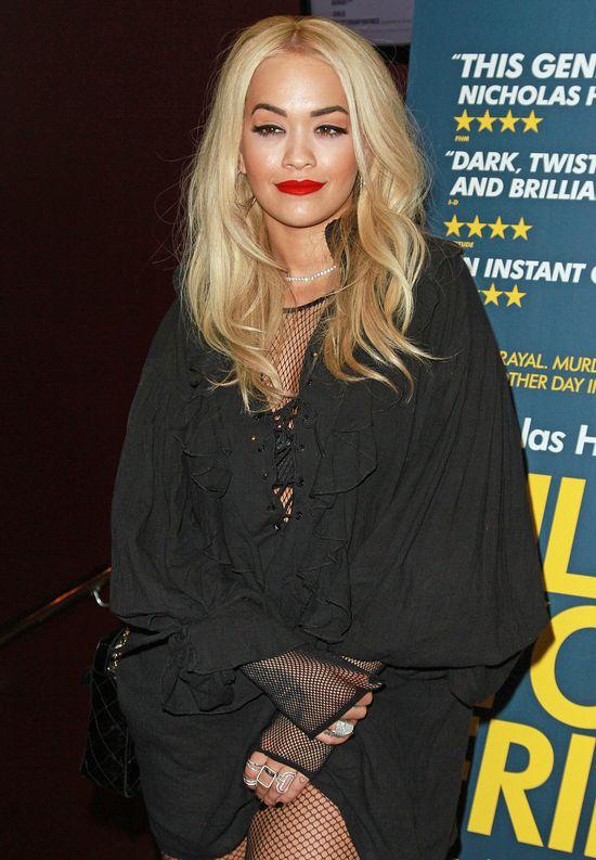 Rita Ora ma piękne piersi! (FOTO)