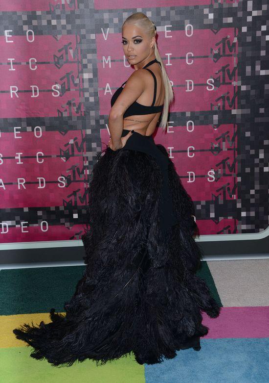 Rita Ora pozywa Jaya Z. Wszystkiemu winna jest RiRi?
