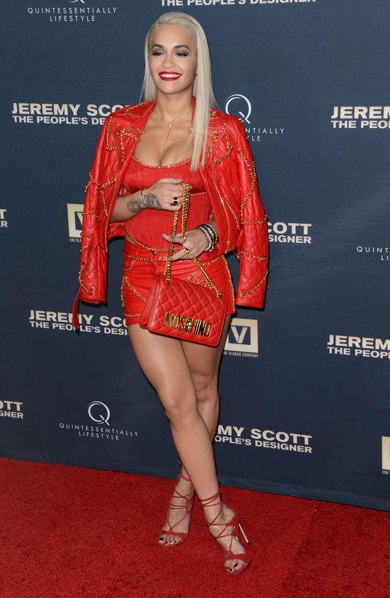 Rita Ora nie zachwyca bez peruki? (FOTO)