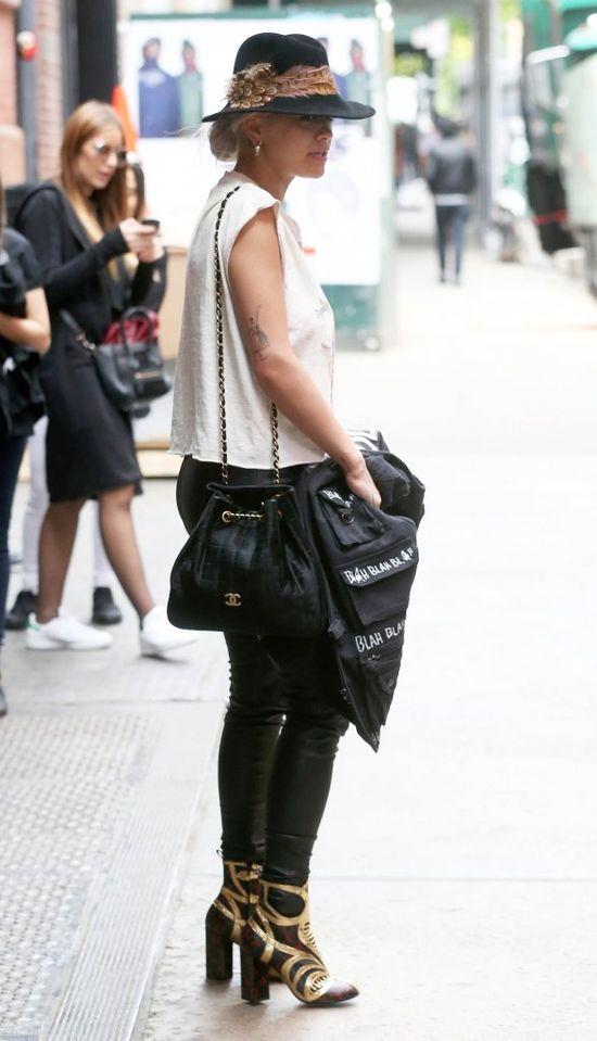 Rita Ora chce zemścić się na Rihannie