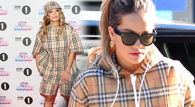 Rita Ora w kratce Burberry – jedną z tych stylizacji internauci wyśmiali…