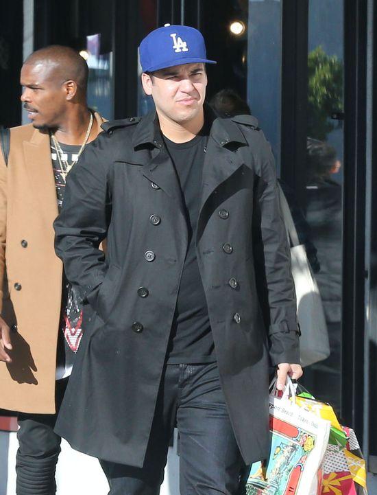 Rob Kardashian wypuścił na rynek tabletki na porost włosów