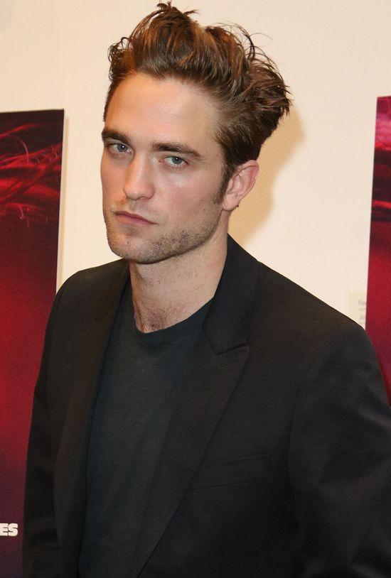 Podejrzane zachowanie Roberta Pattinsona