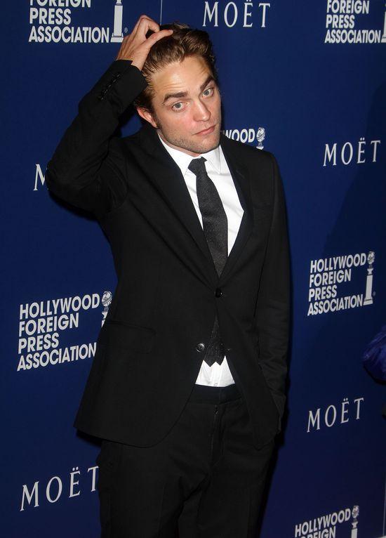Robert Pattinson ma nową dziewczynę - To coś poważnego