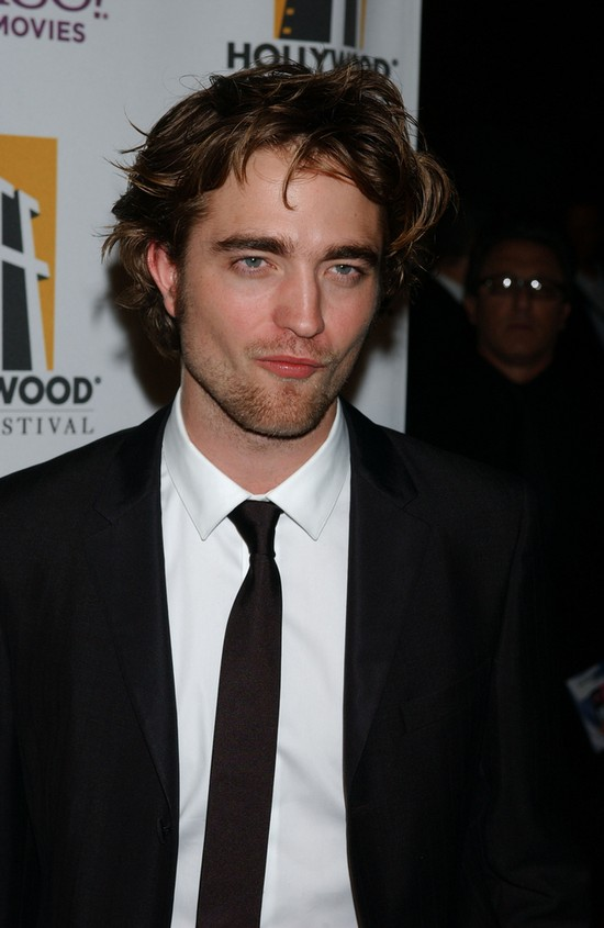 Robert Pattinson jednak się MYJE