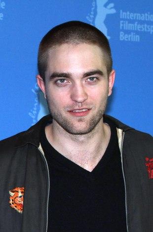 Robert Pattinson wygląda, jak żołnierz na froncie (FOTO)