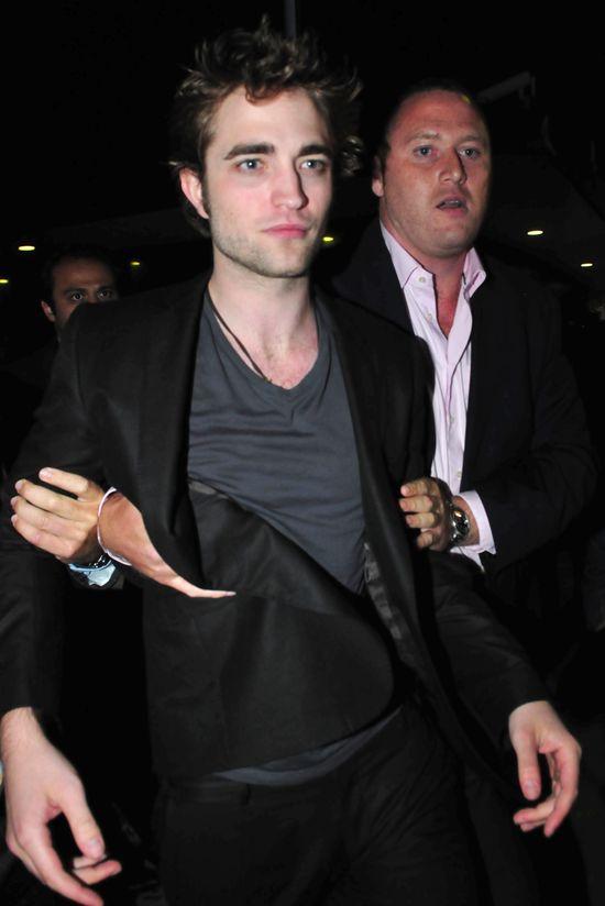 Robert Pattinson upijał się do nieprzytopmności po rozstaniu