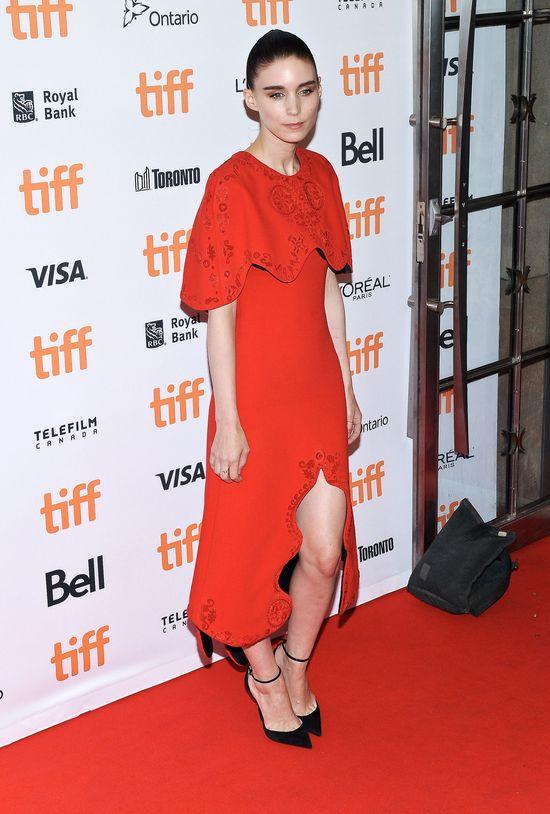 Rooney Mara dostała zaproszenie do squadu Taylor Swift. Jej reakcja MIAŻDŻY
