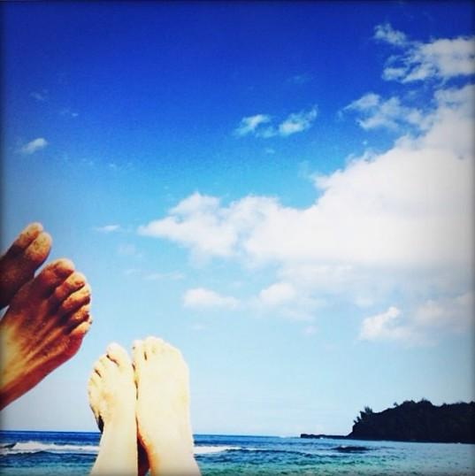 Rosie Huntington-Whiteley wypoczywa na Hawajach