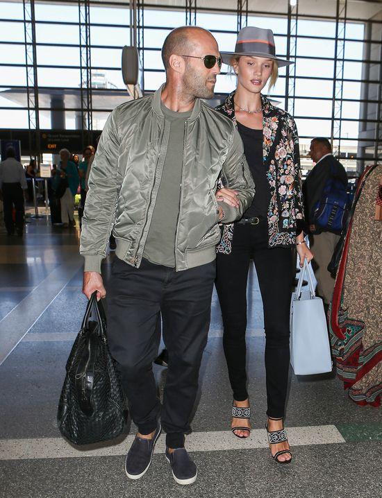Rosie i Jason Statham kłócą się o... dziecko (FOTO)