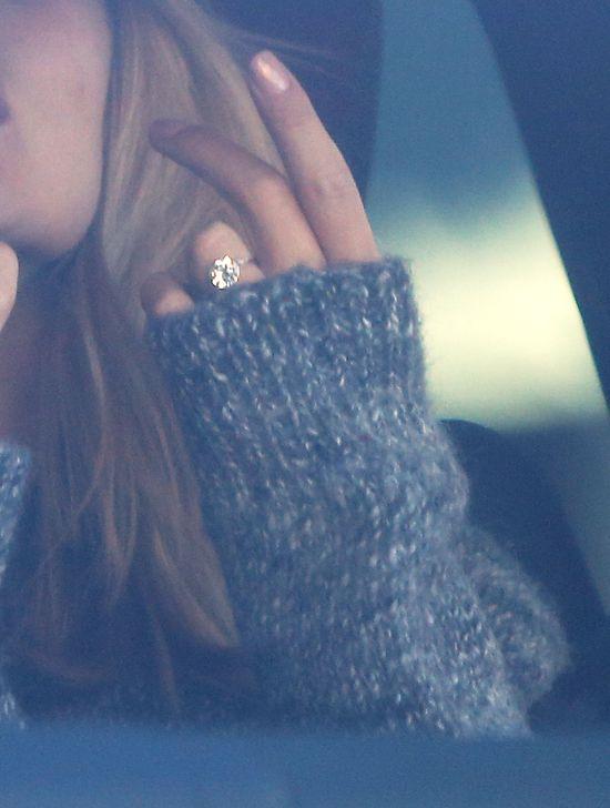 Ile kosztował pierścionek zaręczynowy Rosie Huntington