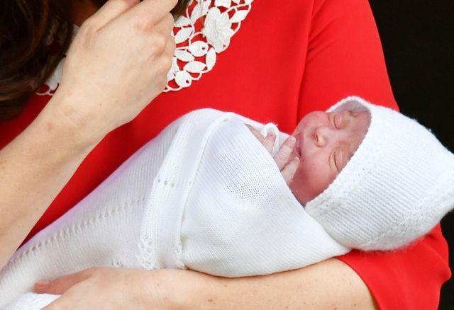 Czy mały książę Louis pojawi się na ślubie Meghan i Harry'ego?