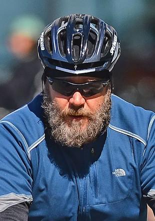 Russell Crowe z długą brodą (FOTO)