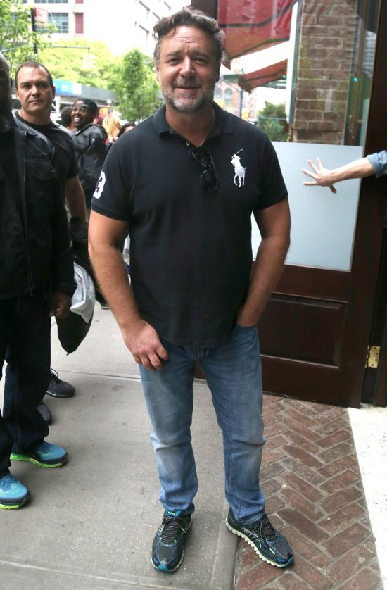 Russell Crowe zn�w kibicuje naszym - po polsku!