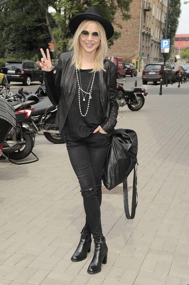 Sablewska wraca do stylu z czasów Dody? (FOTO)