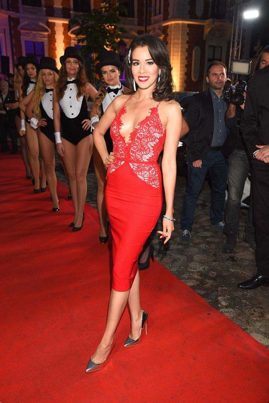 Samochód Roku Playboya - plejada gwiazd na czerwonym dywanie (FOTO)