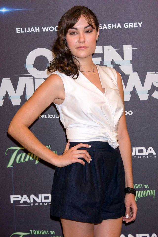 By�a aktorka porno u boku Elijaha Wooda na premierze...
