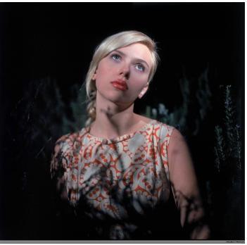 Posłuchaj singla Scarlett Johansson