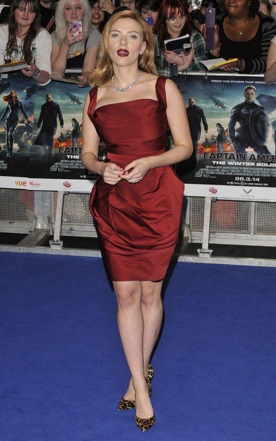 Ciąża nie służy Scarlett Johansson? (FOTO)