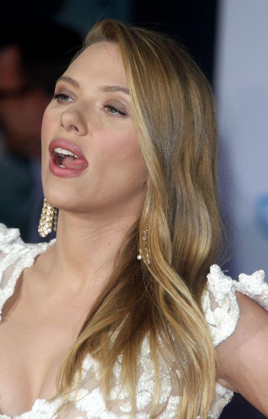 Scarlett Johansson - widać, że to 5 miesiąc?