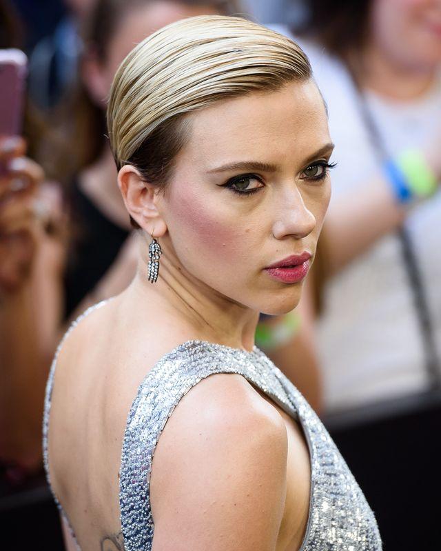 Fani zdziwieni rozwojem wydarzeń między Scarlett i jej nowym chłopakiem