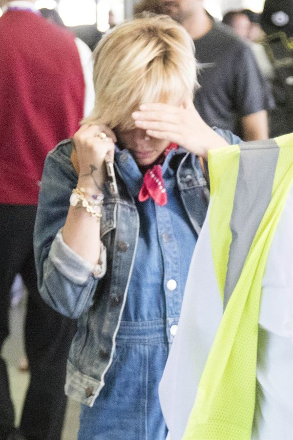 Scarlett Johansson wygląda KOSZMARNIE! Co ona ma na sobie?