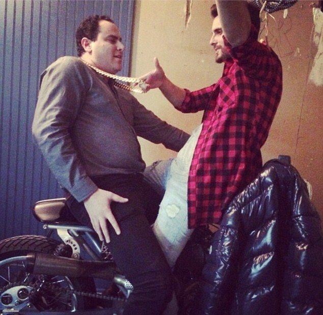 Scott Disick parodiuje Kanye Westa i Kim Kardashian (FOTO)