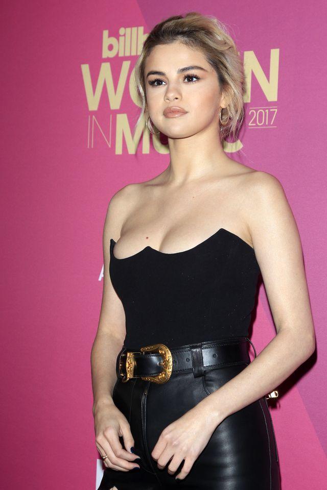 Selena Gomez OGOLIŁA głowę!