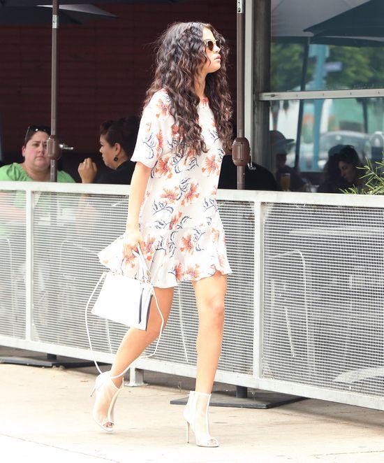 Selena Gomez zaszalała z fryzurą (FOTO)
