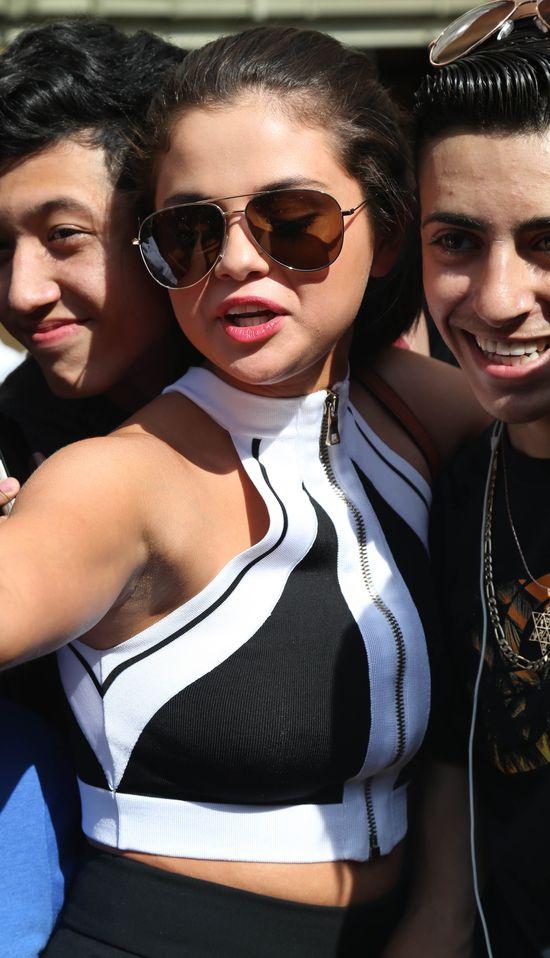 Selena Gomez komentuje plotki o ustawianym związku