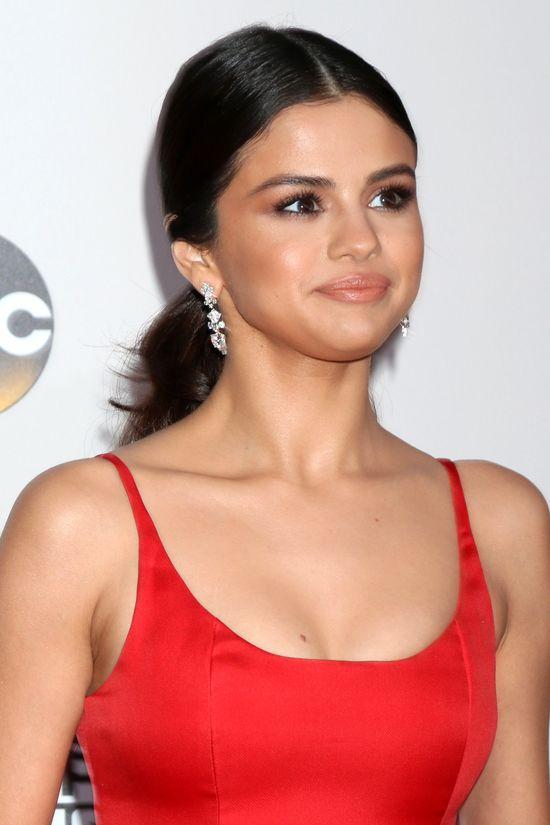 Jak Gigi Hadid reaguje, gdy dzwoni do niej Selena Gomez?
