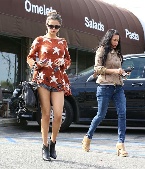 Selena Gomez kopiuje stylizacje innych gwiazd? (FOTO)