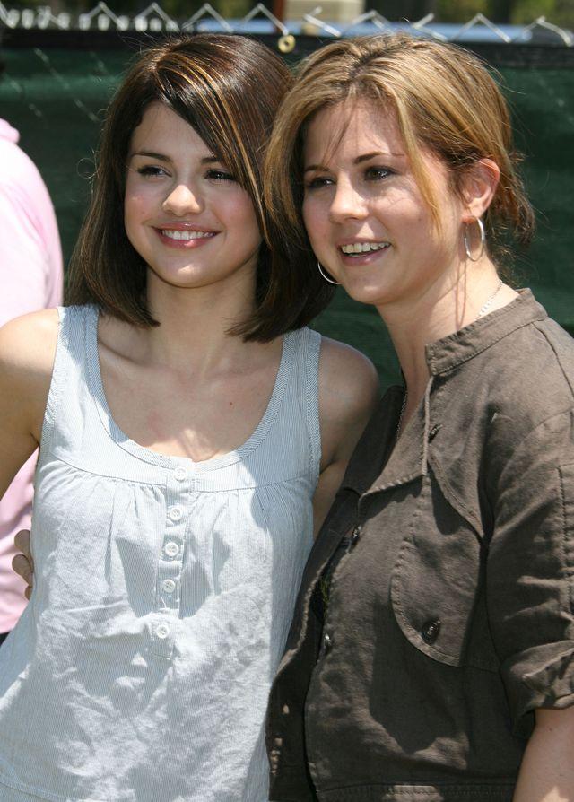 Dziwne badanie, któremu mama Seleny poddaje córkę i Justina Biebera