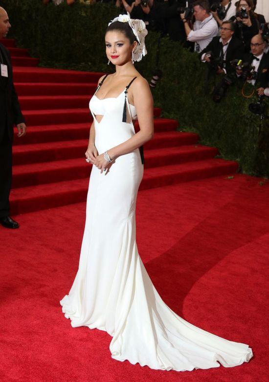 Do takich kształtów dąży Selena Gomez (FOTO)