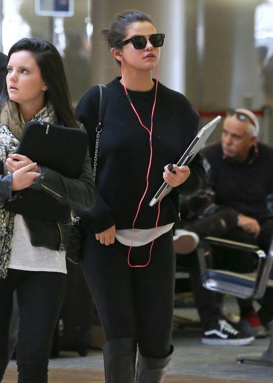 Selena Gomez obgaduje Kendall Jenner