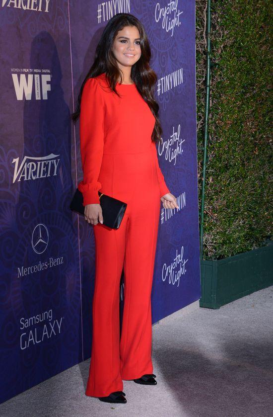 Kris Jenner namawia Selenę Gomez do OPERACJI PLASTYCZNEJ!